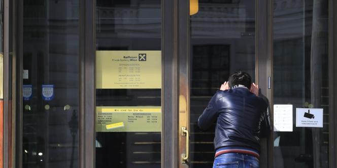 La veille, le chancelier avait déjà déclaré que l'Autriche était prête, après les concessions du Luxembourg, à discuter d'une amélioration des échanges d'informations bancaires de résidents européens.