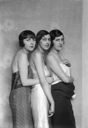 Mannequins de chez Patou. Paris, 1927.