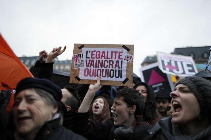 Manifestation à Paris contre l'homophobie, mercredi 10 avril.