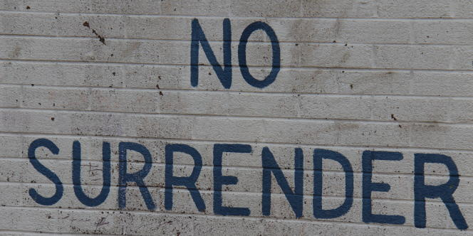 Inscription sur un mur d'une enclave unioniste protestante dans le quartier nationaliste catholique de Short Strand, à l'est de Belfast.