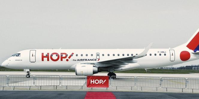 En lançant  Hop ! sur des destinations peu desservies, Air France espère concurrencer  les leaders européens du low cost, easyJet  et Ryanair. -