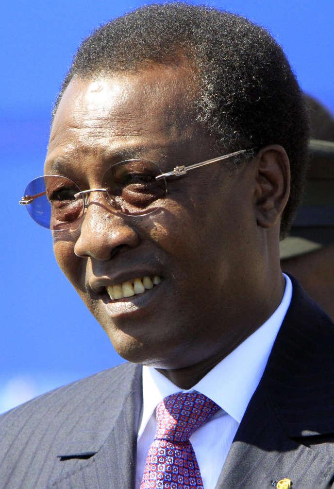 Le président tchadien Idriss Déby, le 5 décembre 2011 à Khartoum.