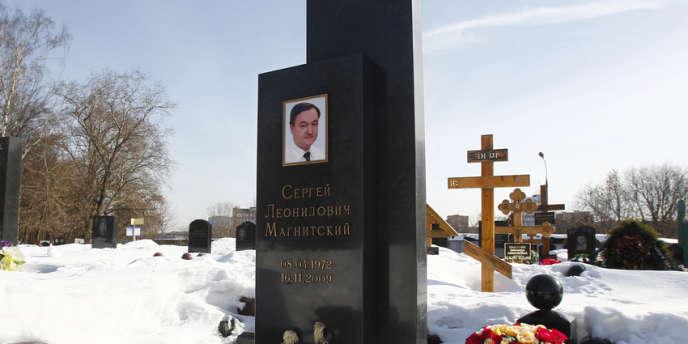 Sergueï Magnitski est mort en novembre 2009 à la suite des mauvais traitements subis pendant sa détention provisoire à la prison de Matrosskaïa Tichina, à Moscou.