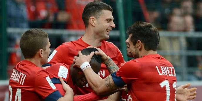 Victorieux (1-0) samedi à Troyes, le PSG, promis au sacre, compte neuf points d'avance sur ses poursuivants