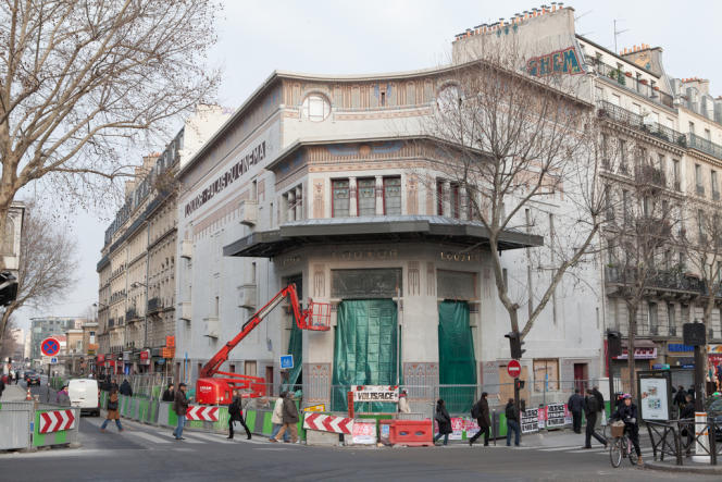 Le Louxor, dans le 10e arrondissement de Paris, n'avait pas réouvert ses portes depuis 1983.