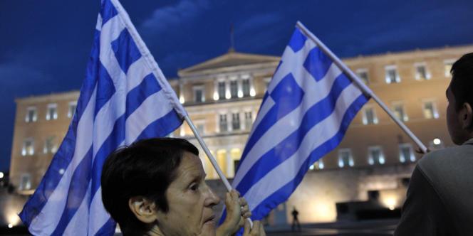 Le produit intérieur brut de la Grèce a chuté de plus de 20 % et la dette du pays continue de progresser.