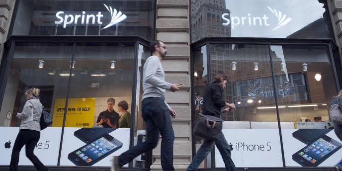 Avec 56,4 millions d'abonnés et 16 % de part de marché, l'opérateur n'est pourtant que le troisième acteur du secteur, derrière les géants AT&T et Verizon.