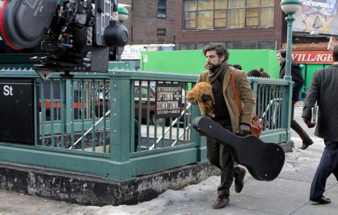 Oscar Isaac dans le film américain de Joel et Ethan Coen,