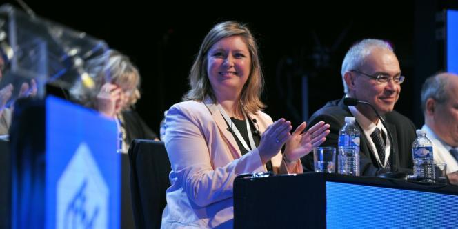 Carole Couvert, au congrès de la CFE-CGC, à Saint-Malo (Ille-et-Vilaine) le 17 avril.