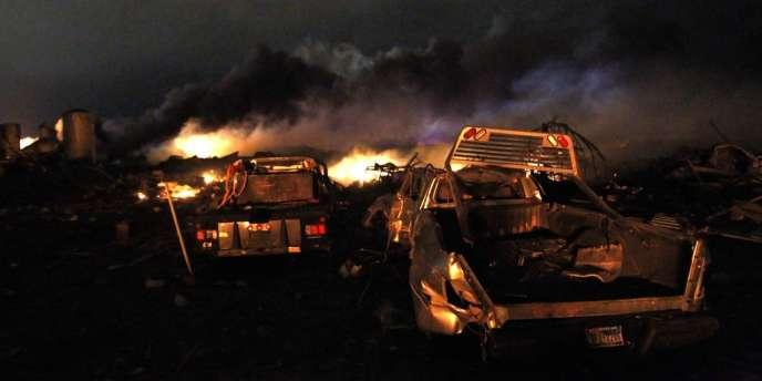 Explosion dans une usine d'engrais de West (Texas, Etats-Unis).