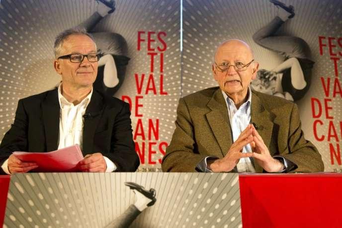 Thierry Frémaux (à gauche) et Gilles Jacob lors de la conférence de presse du 66e Festival de Cannes à Paris, le 18 avril 2013.