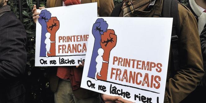 Lors de la conférence de presse de lancement du collectif du Printemps français le 27 mars.