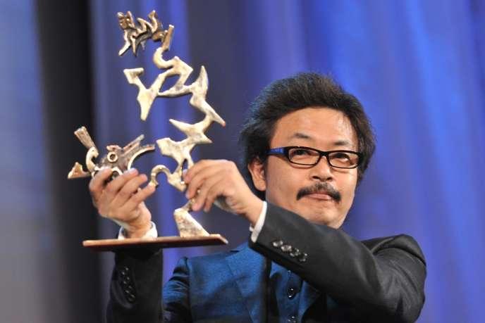 Le réalisateur japonais Sion Sono lors du 68e Festival du film de Venise, le 10 septembre 2011.