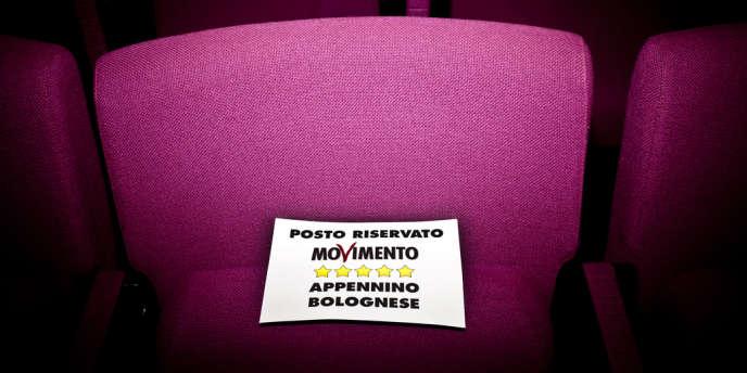 Réunion du Mouvement 5 étoiles de l'Italien Beppe Grillo, à Bologne, en mai 2012.