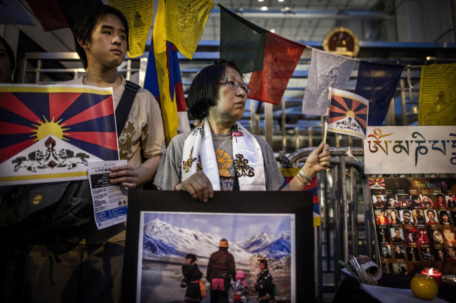 Des militants dénoncent la situation des droits de l'homme au Tibet, à Hongkong, en juin 2012.