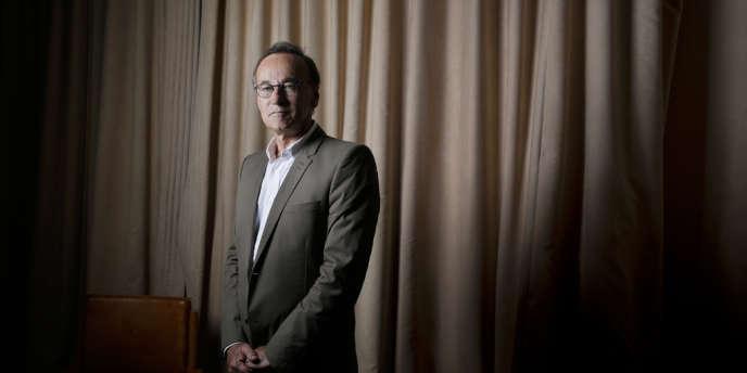 Daniel Vial le 23 avril. Perquisitionné en marge de l'affaire Cahuzac, ce lobbyiste de l'industrie pharmaceutique est forcé de sortir de l'ombre. Ses amis ministres s'inquiètent.
