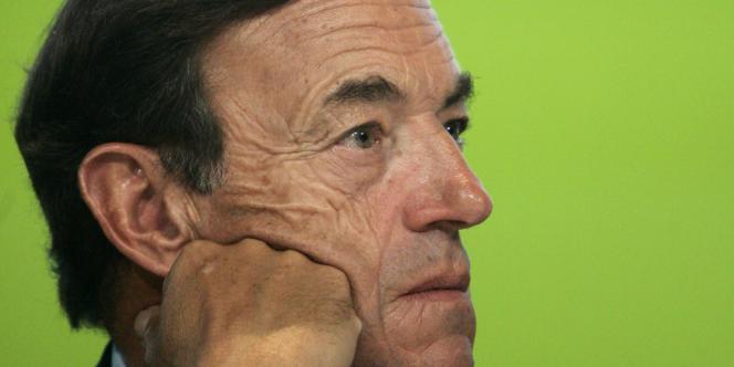 A 67 ans, Lindsay Owen-Jones, qui a présidé pendant dix-huit aux destinées du groupe français de cosmétiques, quitte définitivement L'Oréal.