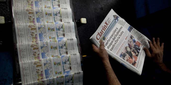 Le quotidien « Clarin » est passé, en un an, de 429 pages de publicité à 36.