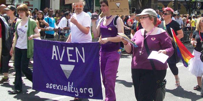 Un défilé pour sensibiliser la population à l'asexualité, le 3 juillet 2010 à Londres.