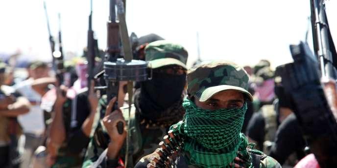 Une intervention de l'armée contre des manifestants a déclenché mardi une vague de violences qui a causé la mort de plus de 200 personnes.
