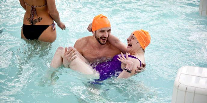 La piscine du Dôme de Vincennes accueille les cours de l'association Lapla'jh le vendredi soir.