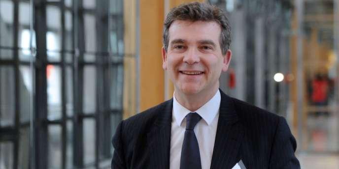 Le ministre du redressement productif souhaitait un partage du capital du site de vidéos à parts égales entre France Télécom et Yahoo!.