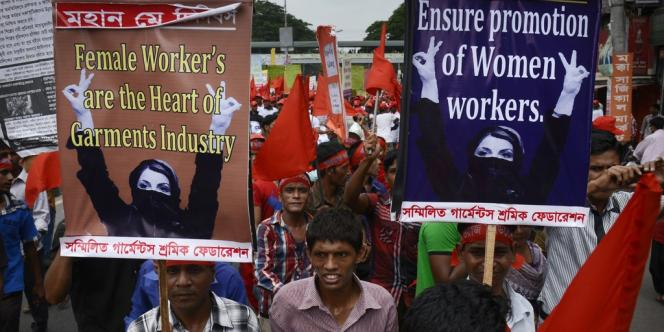 Manifestation à l'occasion de la Fête du travail, le 1er mai 2013, à Dacca.