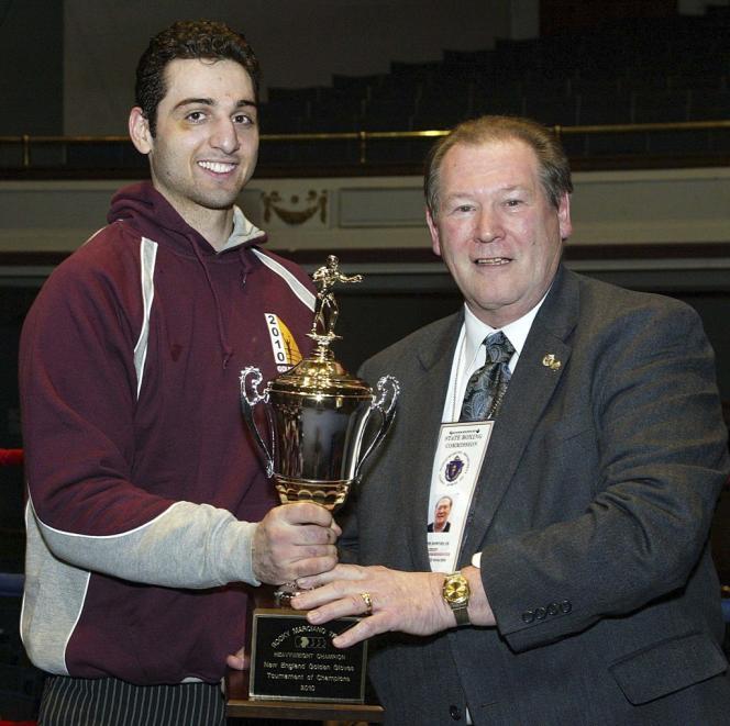 A gauche, Tamerlan Tsarnaev à un tournoi de boxe, en 2010.