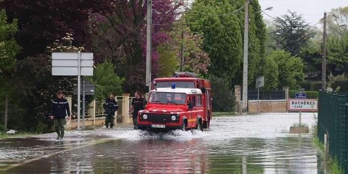 Inondations à Buchères, près de Troyes (Aube), le 7 mai.