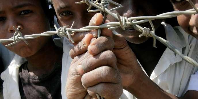 Des enfants érythréens dans un camp de réfugiés au Soudan, le 12 janvier 2012.