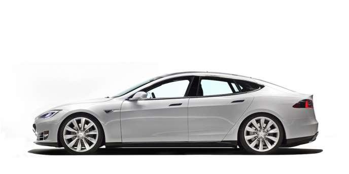 La Tesla Model S passe de 0 à 100 km/h en 4,6 secondes, à peine plus qu'une Ferrari.