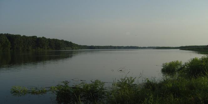 La rivière Tisza, en Hongrie, où fut découvert le corps d'Eszter Solymosi.