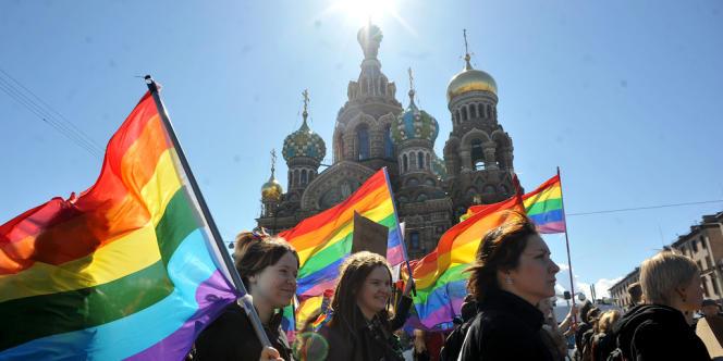 Gaypride à Saint Petersbourg, le 1er mai 2013.