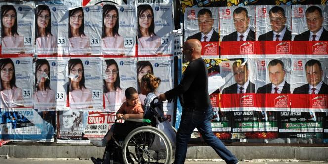 L'achat de votes et les pressions politiques exercées par des employeurs sont largement répandues depuis la fin du communisme.