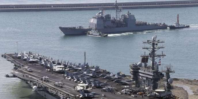 Le porte-avions USS Nimitz près des côtes nord-coréennes, le 11 mai.