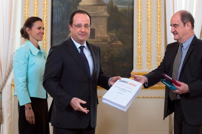 Lundi 13 mai, Pierre Lescure remettait au président de la République, en présence de la ministre de la culture et de la communication, Aurélie Filippetti, son rapport sur l'exception culturelle.