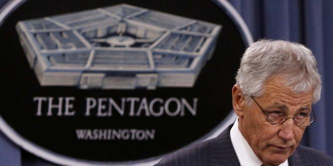 La quasi-totalité des 800 000 fonctionnaires civils du Pentagone seront mis au repos forcé pendant onze jours, en raison des coupes budgétaires automatiques qui frappent la défense américaine.