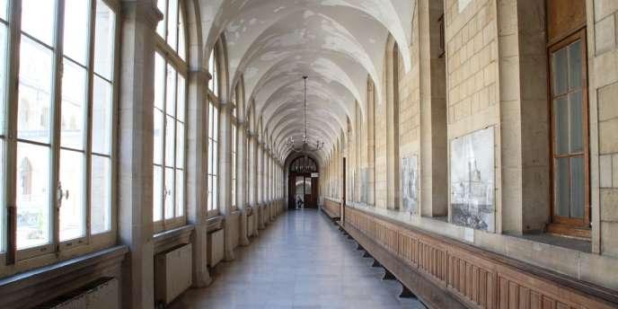 L'Hôtel-Dieu, plus vieil hôpital de Paris, veut devenir une structure
