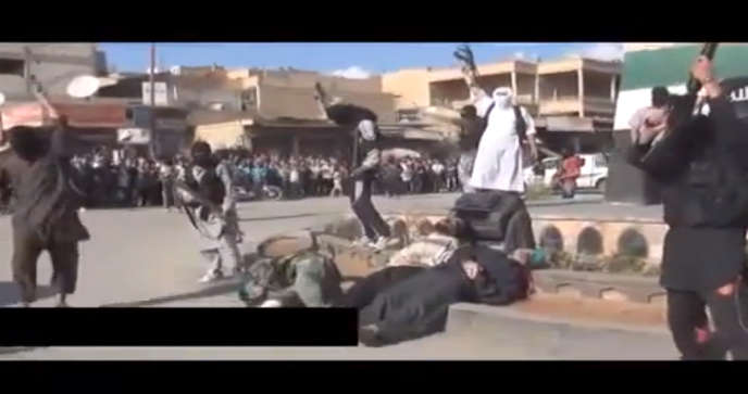 Mercredi, des rebelles islamistes de la province de Raqqa ont diffusé l'enregistrement de l'exécution de trois hommes.