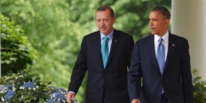 Le premier ministre turc et le président américain à la Maison Blanche le 16 mai.
