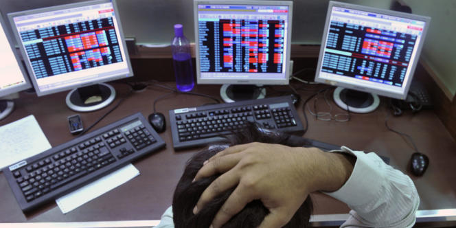 Soupçonné de perturber les marchés, le trading algorithmique est pourtant une technique incontournable. Ses abus, fantasmés ou réels, conduisent certains pays à prendre des mesures pour mieux le réguler.