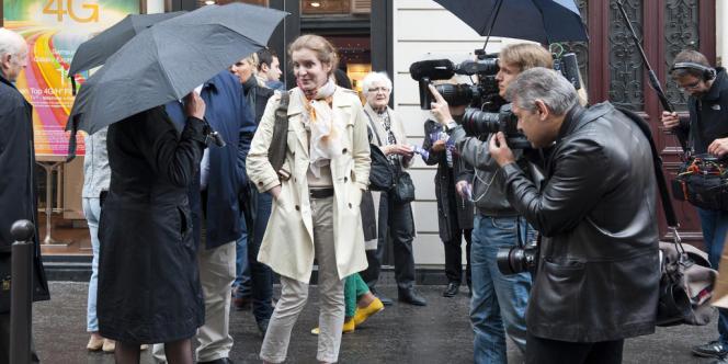 Nathalie Kosciusko-Morizet, candidate à la primaire UMP pour les municipales de Paris en 2014, en campagne dans le 15e arrondissement de Paris, samedi 18 mai.