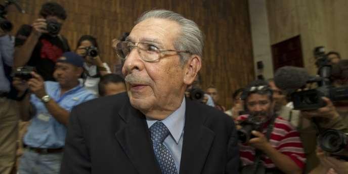 Rios Montt est le premier ex-dictateur latino-américain à être reconnu coupable de génocide, au cours de sa présidence (1982-83).
