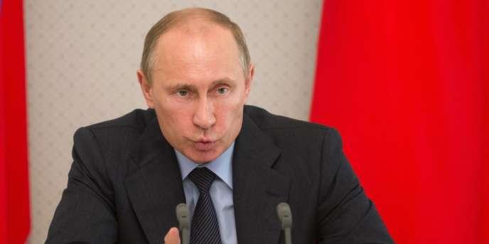 Au deuxième trimestre 2013, l'économie russe a enregistré sa plus faible croissance du produit intérieur brut depuis la crise de 2009. Une performance bien éloignée des 5 % promis par le président russe, Vladimir Poutine, pendant sa campagne électorale en 2012.
