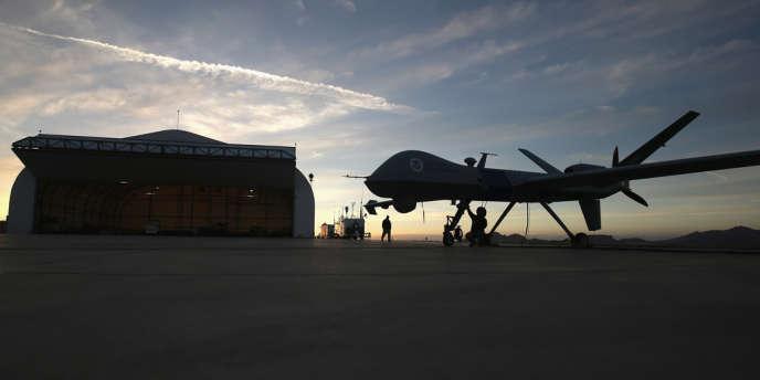 Un drone Predator dans l'Arizona,  près de la frontière mexicaine, le 7 mars.