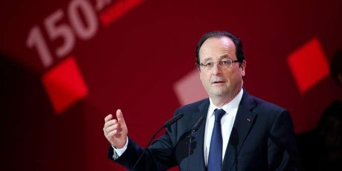 François Hollande à Leipzig (Allemagne) pour les 150 ans du SPD, le 23 mai.
