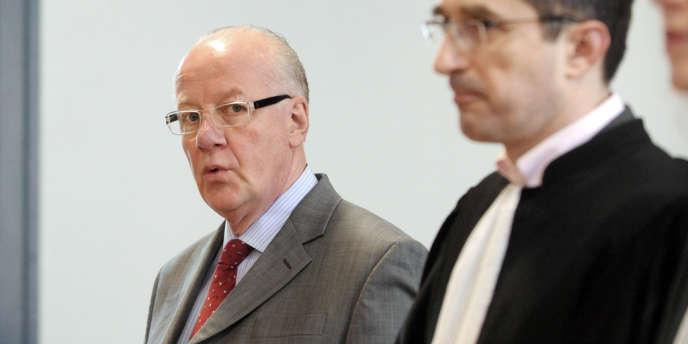 Jean-Louis Mutte, ancien directeur général du groupe Sup de Co Amiens, est rejugé avec trois autres dirigeants de l'école pour des faits de harcèlement moral entre 2006 et 2009.