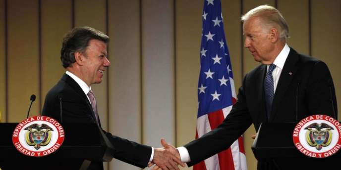Le vice-président américain, Joe Biden, et le président colombien, Juan Manuel Santos, le 27 mai à Bogota.