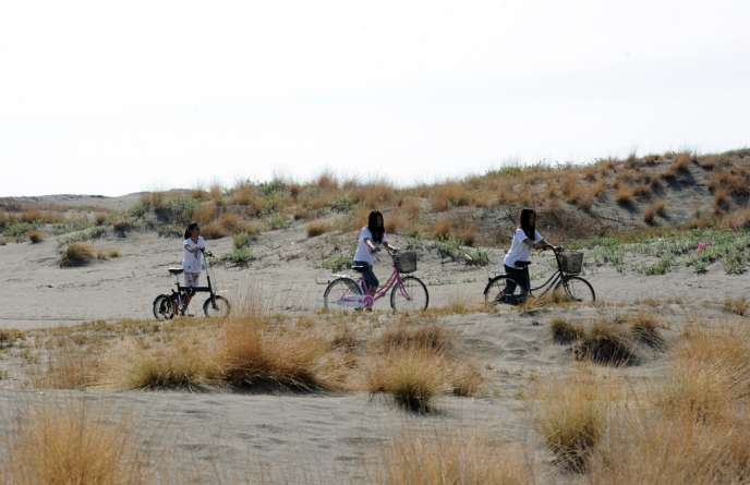 La région d'Ilocos, aux Philippines, menacée par l'érosion en raison des prélèvements de sable.