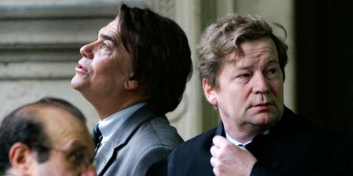 Bernard Tapie et Me Maurice Lantourne, le 19 octobre 2005, au Palais de justice de Paris.